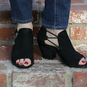 Eileen Fisher Nikki Peep Toe Block Heel Sandal 9.5